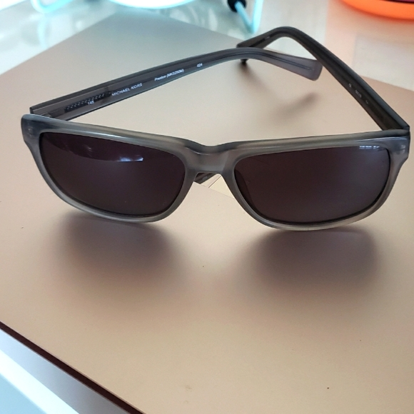 Michael Kors Preston sun glasses